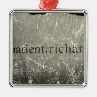Paciente oficial: Richard Merch Adorno Navideño Cuadrado De Metal
