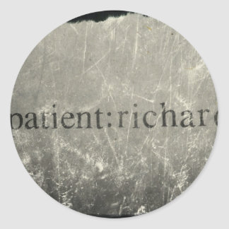 Paciente oficial: Richard Merch Pegatina Redonda
