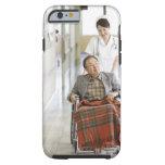 Paciente y enfermera funda de iPhone 6 tough