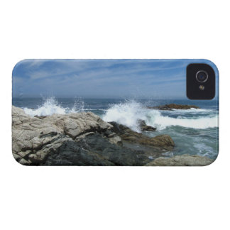 Pacific Crashing In iPhone 4 Cover