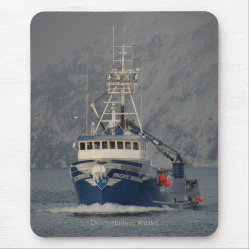 Pacific Mariner, Crab Boat in Dutch Harbor, Alaska Mouse Pad