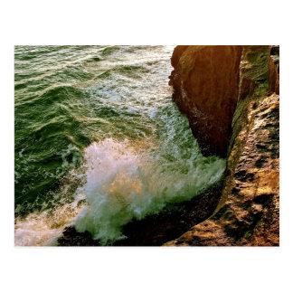 PACIFIC OCEAN WAVES BREAKING OF THE ROCKY COAST POSTCARD