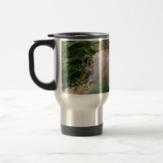 PACIFIC OCEAN WAVES BREAKING OF THE ROCKY COAST TRAVEL MUG