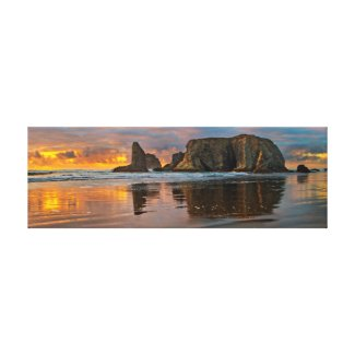 Pacific Sunset - Bandon, Oregon Stretched Canvas Prints