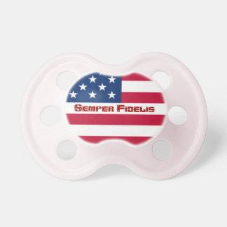 Pacificador de la bandera americana de Semper Fide Chupetes Para Bebés
