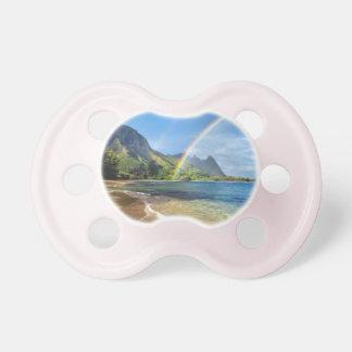 Pacificador del bebé con un arco iris de la playa chupetes de bebe