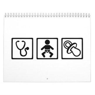 Pacificador del bebé de la partera calendario