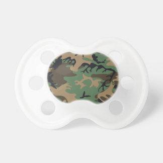 Pacificador del camuflaje de Forest Green Chupetes Para Bebés