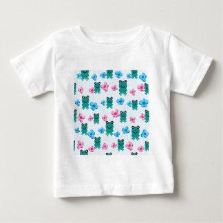 padrão com sapos e flores baby T-Shirt