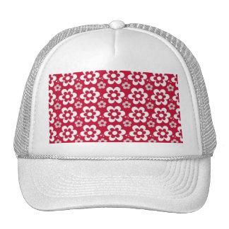 padrão vermelho com flores brancas trucker hat