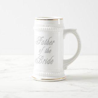 Padre de los grises con clase de la novia jarra de cerveza