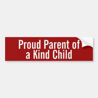 Padre orgulloso de un niño bueno etiqueta de parachoque