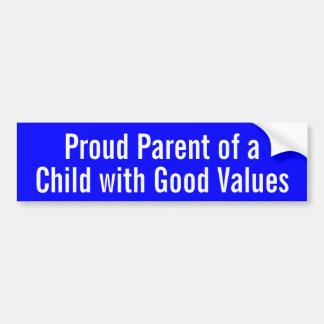 Padre orgulloso de un niño con buenos valores etiqueta de parachoque