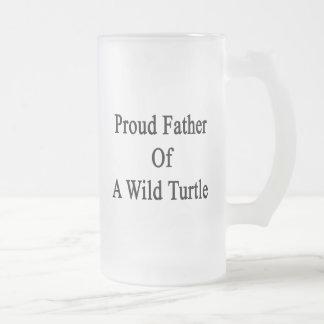 Padre orgulloso de una tortuga salvaje taza cristal mate
