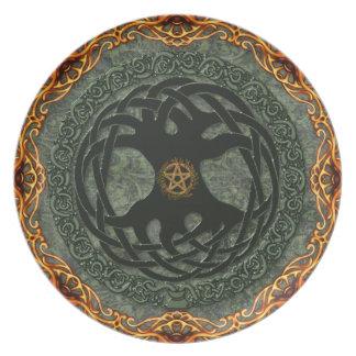 Pagan Renaissance: Noble Yggdrasil Dinner Plate