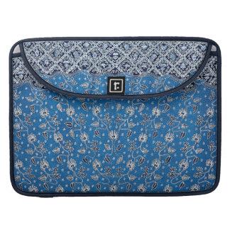 Pagi Sore/Day & Night Flower Batik Sleeve For MacBook Pro