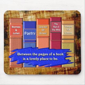 Páginas de un libro tapete de raton