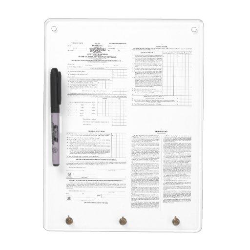 Páginas originales de la forma 1040 del impuesto s pizarra blanca