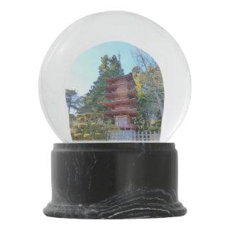 Pagoda Bola De Nieve