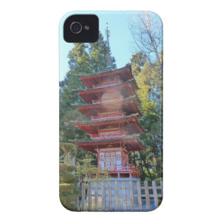 Pagoda japonesa del jardín de té iPhone 4 Case-Mate fundas