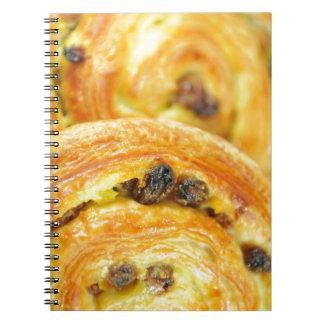 Pain aux raisins note book