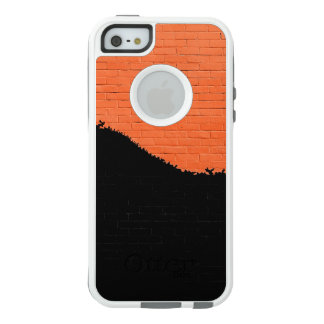 Painted Brick Wall OtterBox iPhone 5/5s/SE Case