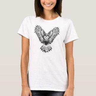 Painted owl women's t-shirt