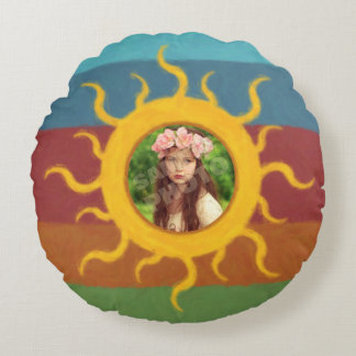 Painted Sun Photo Template Round Pillow
