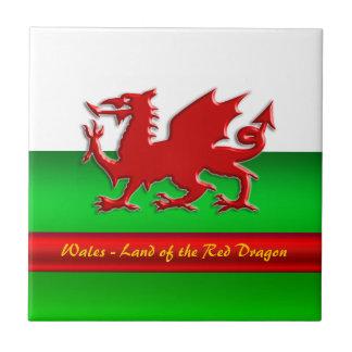 País de Gales - casero del dragón rojo, metálico-e Azulejo Cuadrado Pequeño