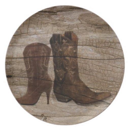 País occidental rústico de las botas de vaquero de platos de comidas