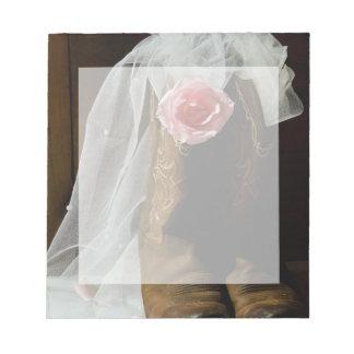País rosado subió y boda occidental de las botas bloc de notas