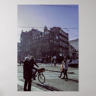 País urbano del viaje de la vida de la gente de póster