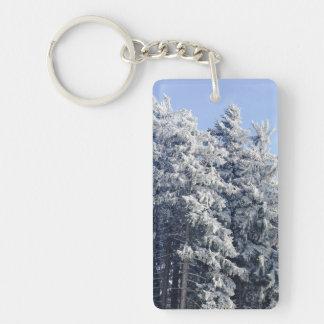 Paisaje austríaco del invierno llavero rectangular acrílico a una cara