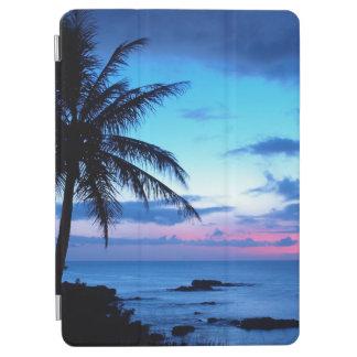 Paisaje azul de la puesta del sol del rosa cover de iPad air
