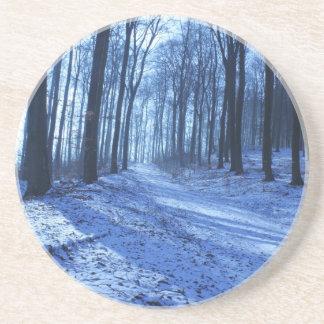 Paisaje azul del invierno posavasos personalizados