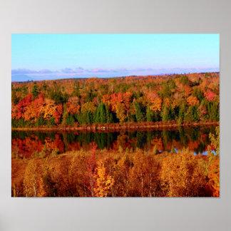 Paisaje circundante del otoño del Mt. Katahdin Poster