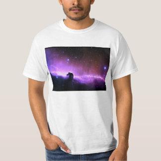 Paisaje colorido del cielo nocturno de la nebulosa playera