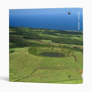 """Paisaje con el pequeño cráter carpeta 1"""""""