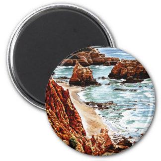 Paisaje de la playa de la roca imán redondo 5 cm