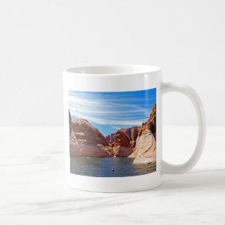 Paisaje de la reserva de agua de Arizona de la pág Taza