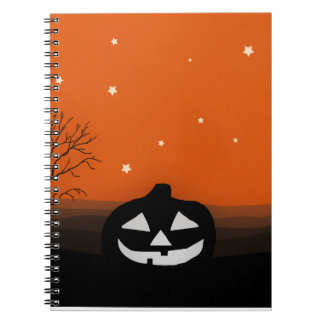 Paisaje de la silueta de Halloween Cuaderno