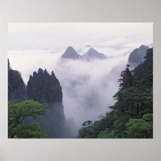 Paisaje de Mt. Huangshan (montaña amarilla) adentr Póster