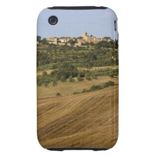 Paisaje de Toscana alrededor de Monticchiello del  Tough iPhone 3 Cárcasas