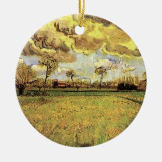 Paisaje debajo del cielo tempestuoso, bella arte adorno navideño redondo de cerámica
