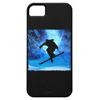 Paisaje del invierno y esquiador del estilo libre iPhone 5 carcasa