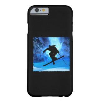 Paisaje del invierno y esquiador del estilo libre funda de iPhone 6 barely there