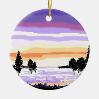 Paisaje del lago sunset adorno navideño redondo de cerámica