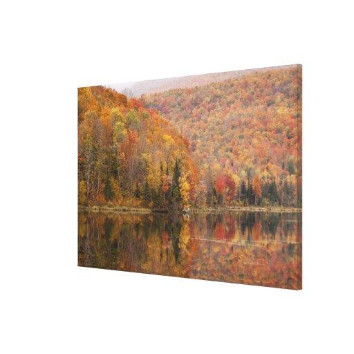 Paisaje del otoño con el lago, Vermont, los Lienzo Envuelto Para Galerias