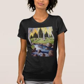 Paisaje del río del otoño camisas