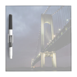 paisaje espectacular de puente Golden Gate sobre Pizarra